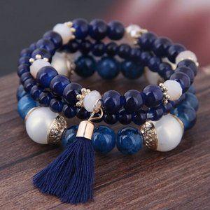 3/$20 New Navy & Cream Beaded Bracelet Set